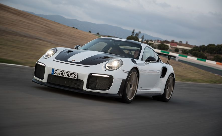 2018 Porsche 911 GT2 RS - Slide 79