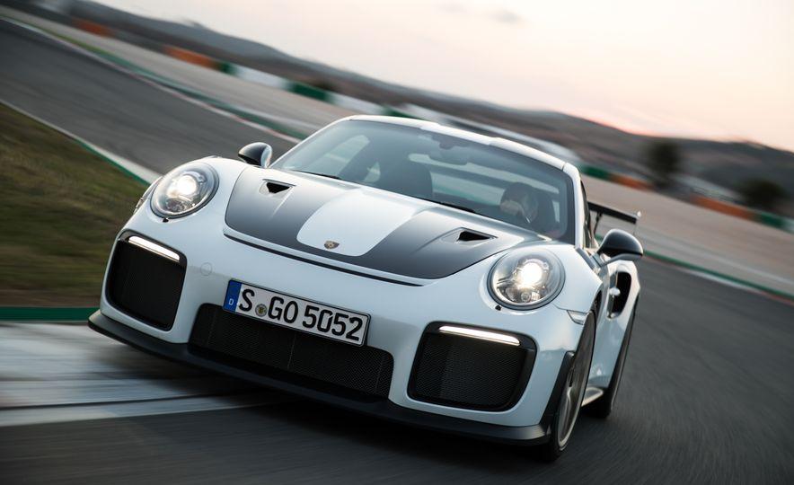 2018 Porsche 911 GT2 RS - Slide 81