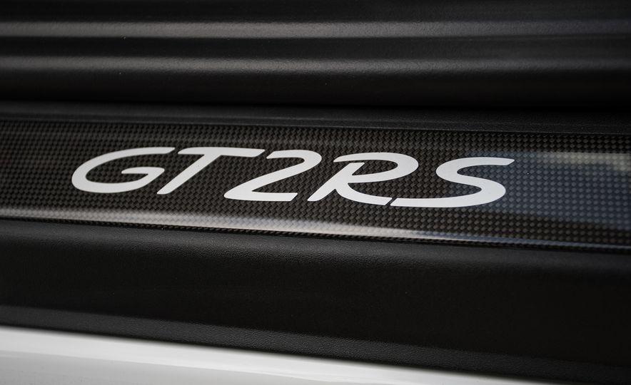 2018 Porsche 911 GT2 RS - Slide 90