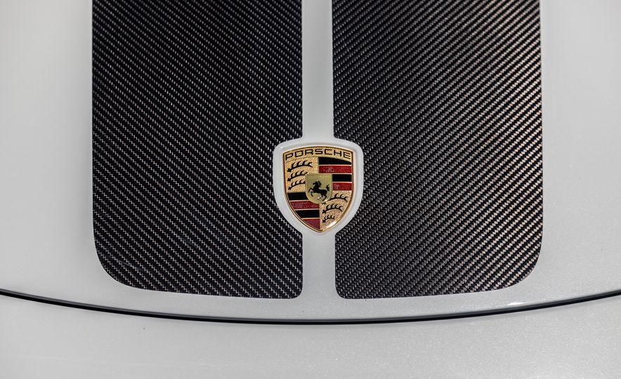 2018 Porsche 911 Turbo S Exclusive - Slide 24