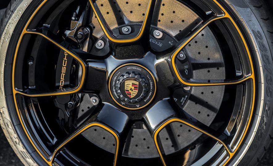 2018 Porsche 911 Turbo S Exclusive - Slide 31