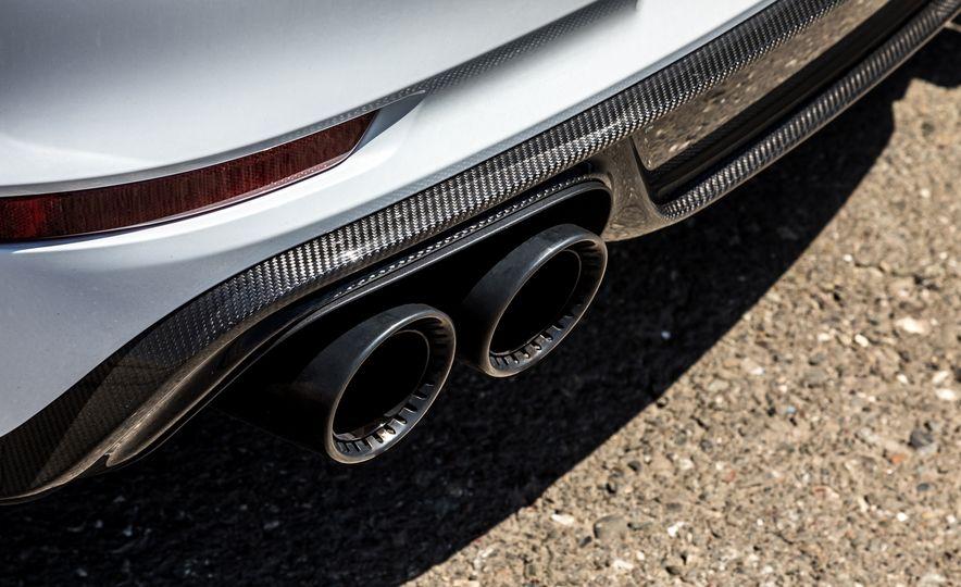 2018 Porsche 911 Turbo S Exclusive - Slide 39