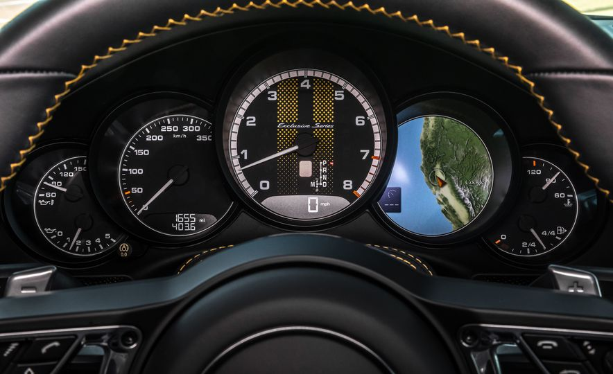 2018 Porsche 911 Turbo S Exclusive - Slide 43