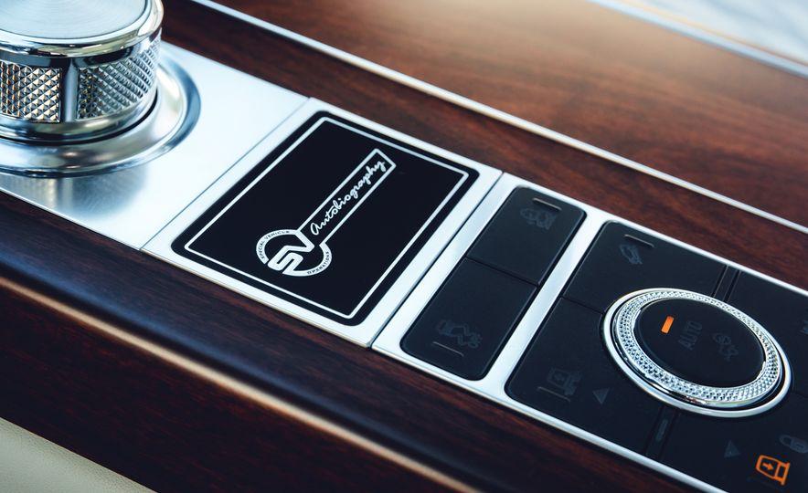 2018 Land Rover Range Rover SVAutobiography LWB - Slide 13