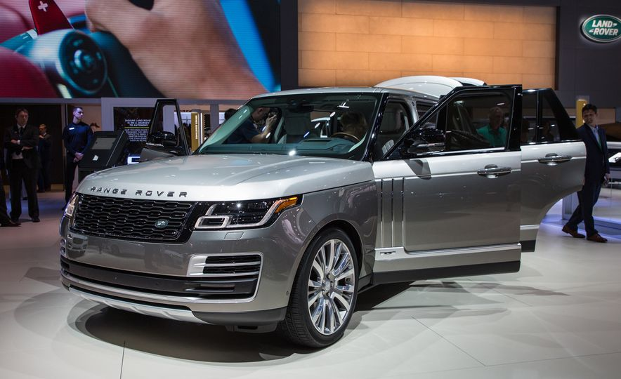 2018 Land Rover Range Rover SVAutobiography LWB - Slide 19