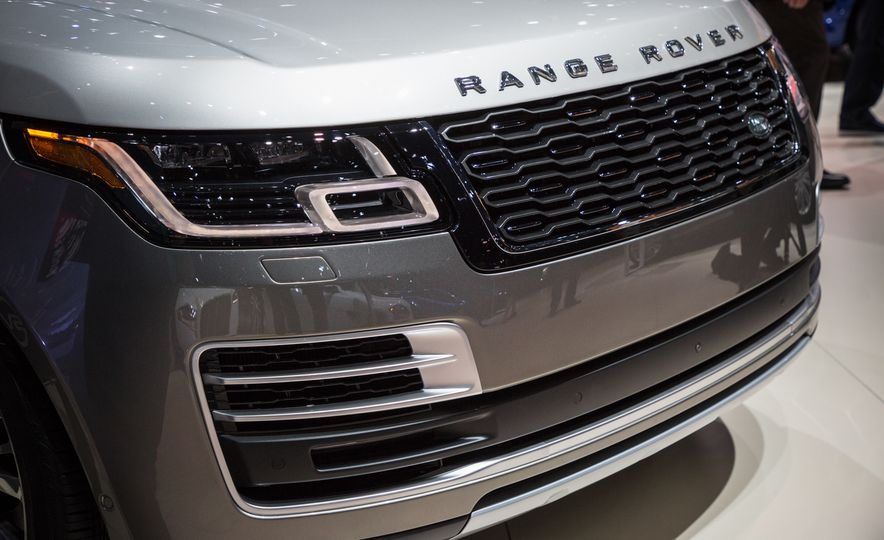 2018 Land Rover Range Rover SVAutobiography LWB - Slide 22