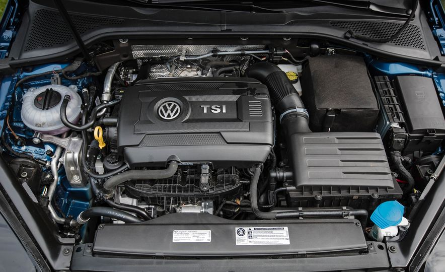 2018 Volkswagen Golf SportWagen - Slide 55