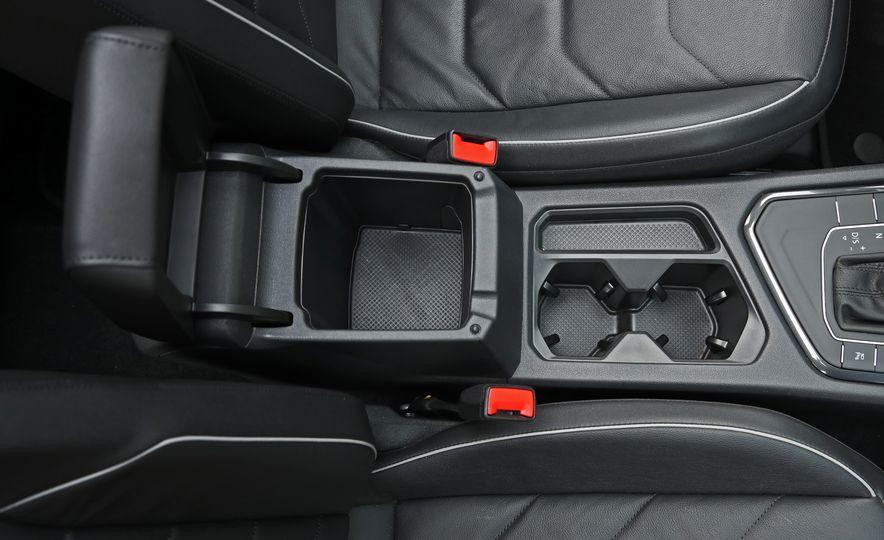 2018 Volkswagen Tiguan FWD - Slide 29