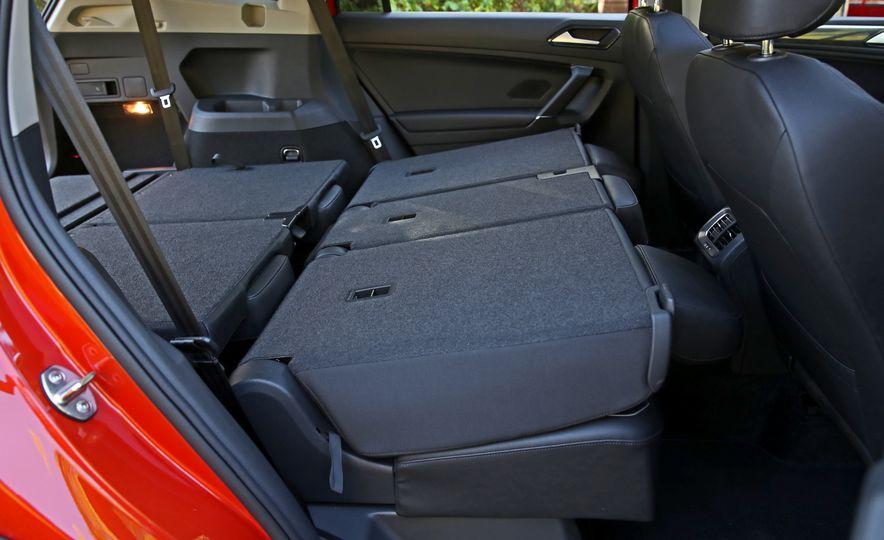 2018 Volkswagen Tiguan FWD - Slide 36
