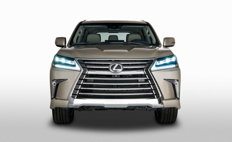 2018 Lexus LX570 - Slide 1