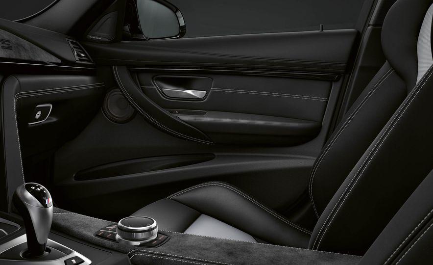 2018 BMW M3 CS - Slide 21
