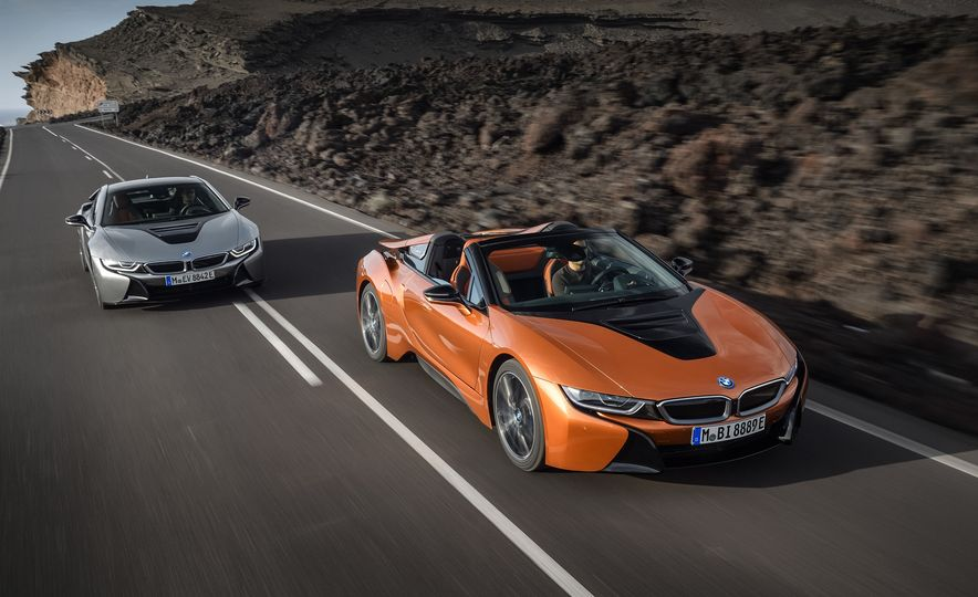 2019 BMW i8 coupe and 2019 BMW i8 roadster - Slide 1