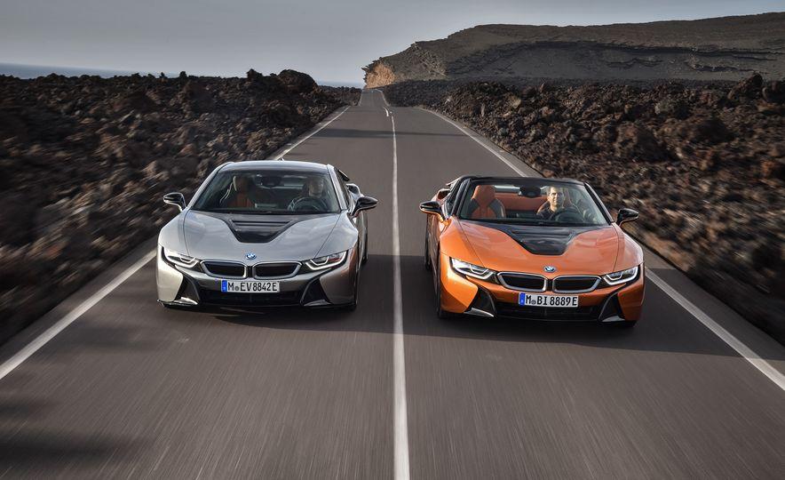 2019 BMW i8 coupe and 2019 BMW i8 roadster - Slide 2