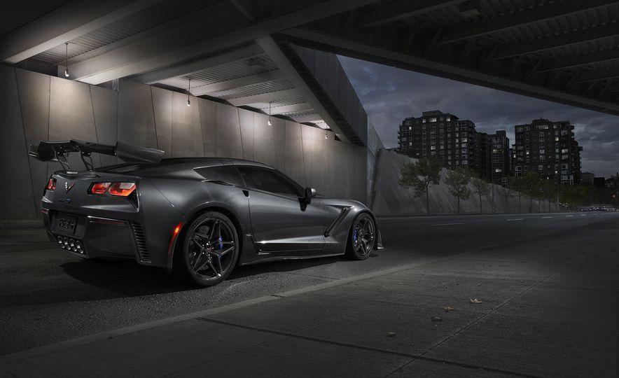 2019 Chevrolet Corvette ZR1 - Slide 9