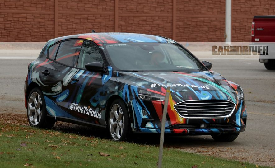 2019 Ford Focus hatchback (spy photo) - Slide 1