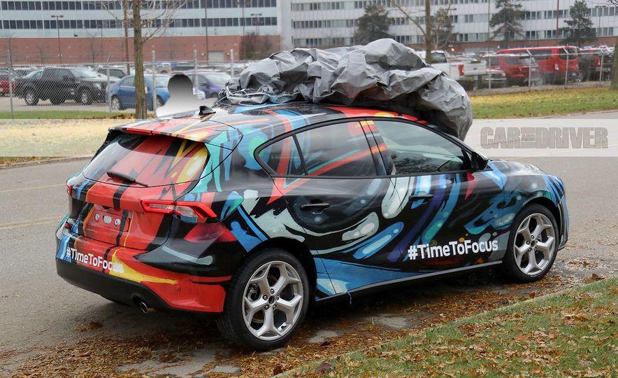 2019 Ford Focus hatchback (spy photo) - Slide 4