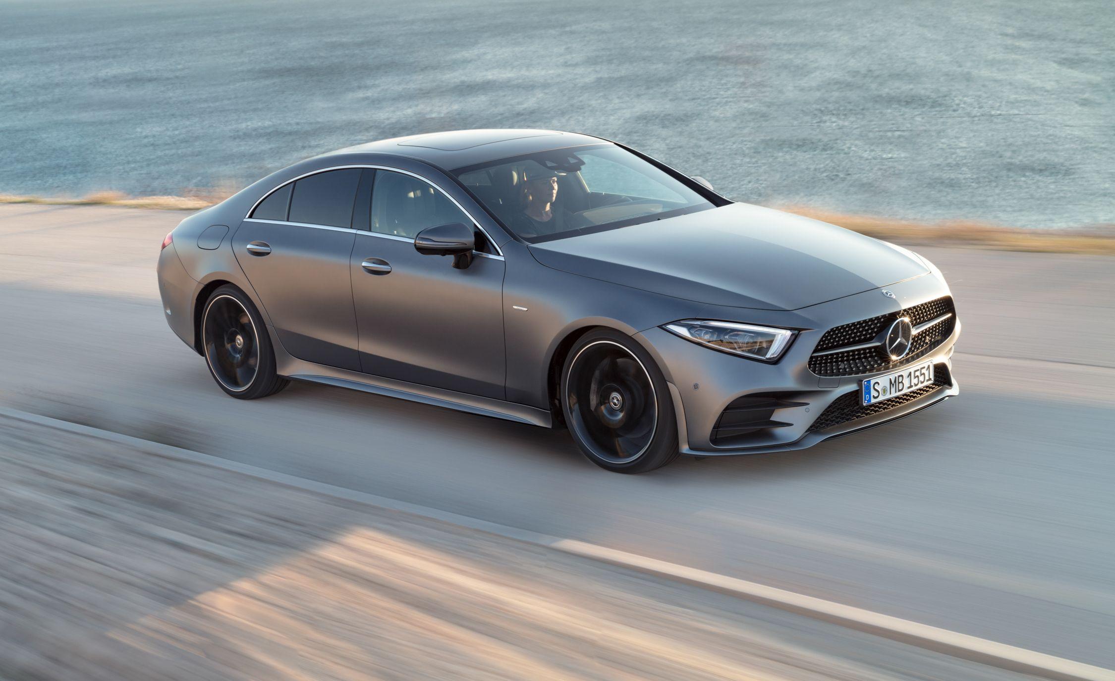 https://hips.hearstapps.com/amv-prod-cad-assets.s3.amazonaws.com/wp-content/uploads/2017/11/2019-Mercedes-Benz-CLS-class-110.jpg