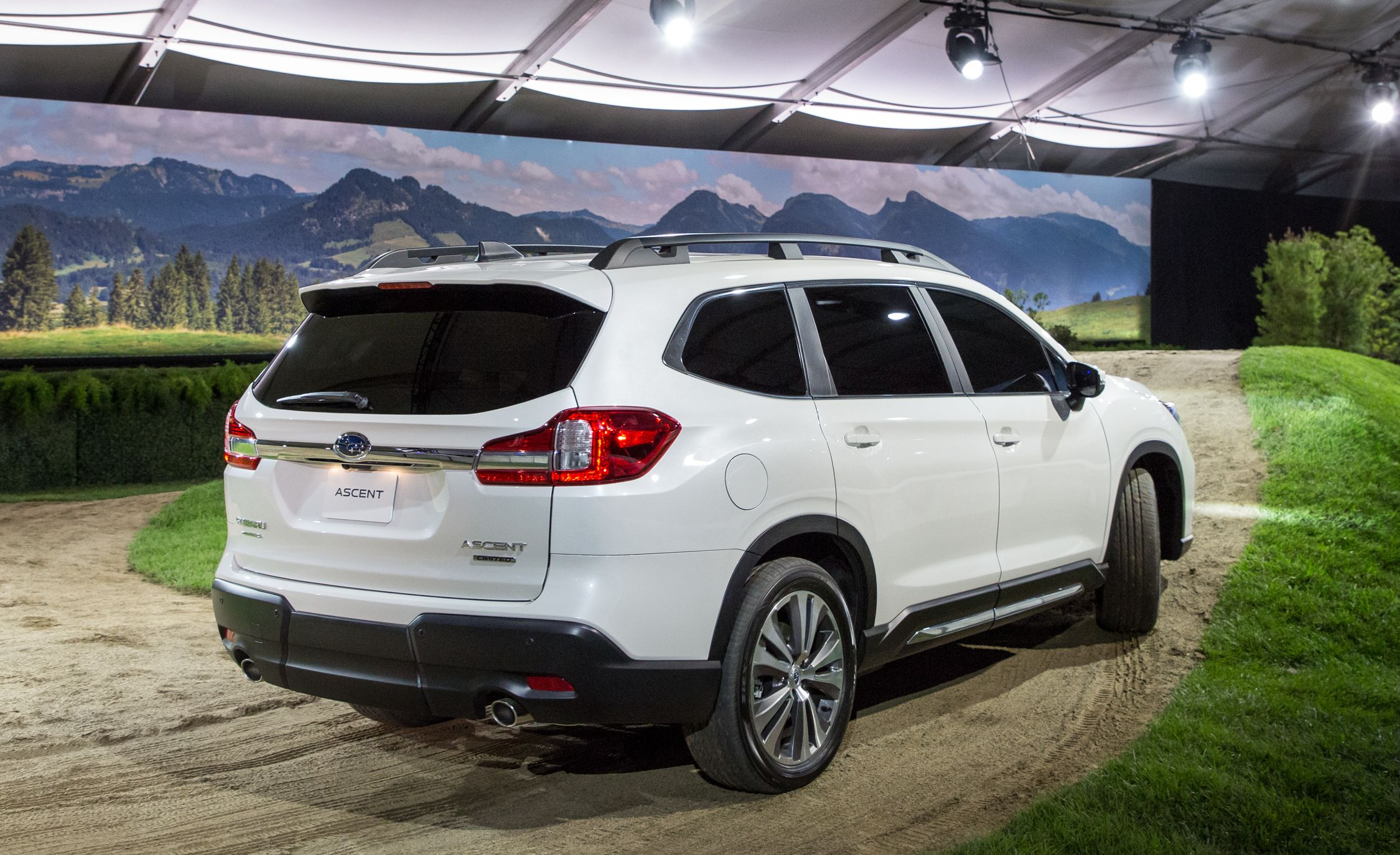2019 Subaru Ascent Best New Cars For 2018
