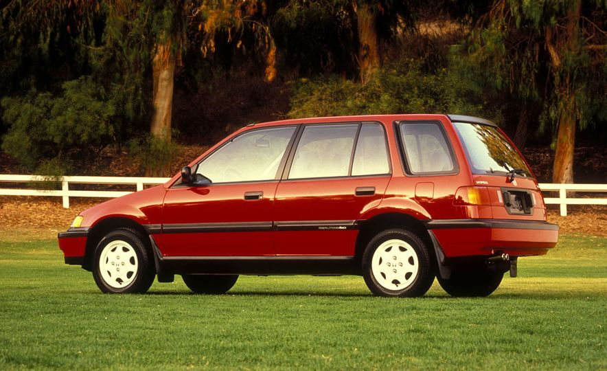Wayback Machines: Station Wagons That You Forgot Ever Existed - Slide 17
