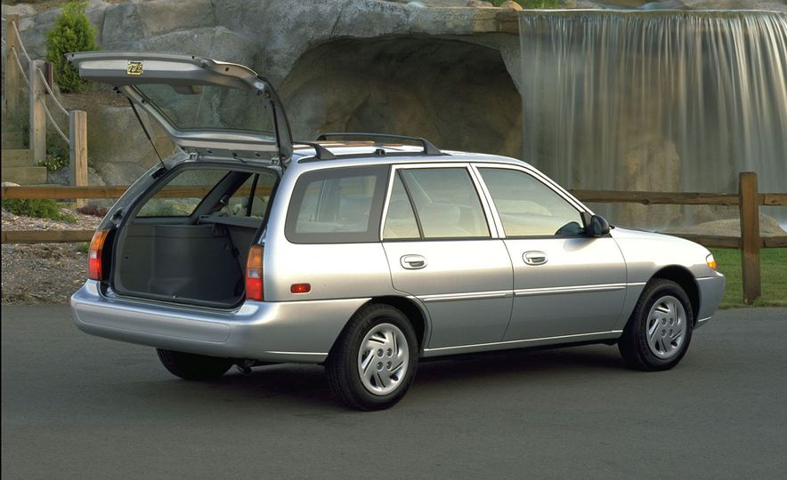 Wayback Machines: Station Wagons That You Forgot Ever Existed - Slide 10