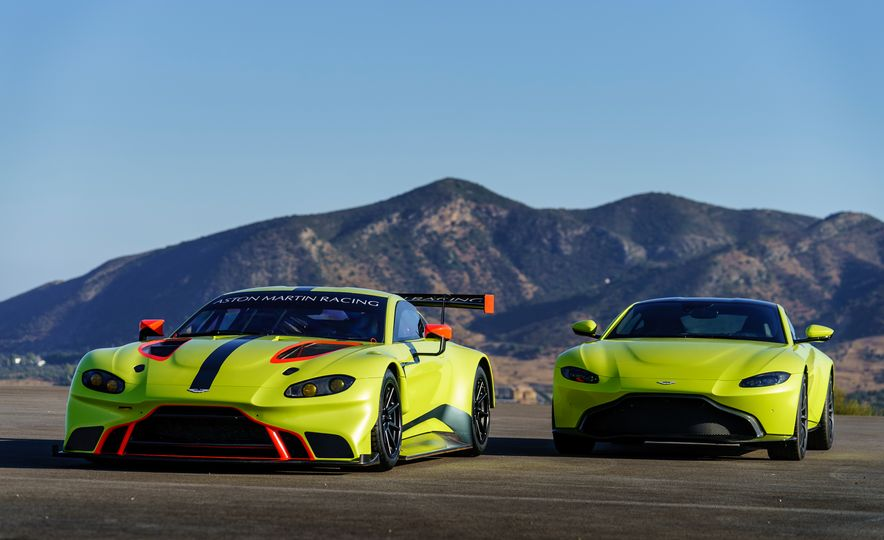 Aston Martin Vantage GTE race car - Slide 2
