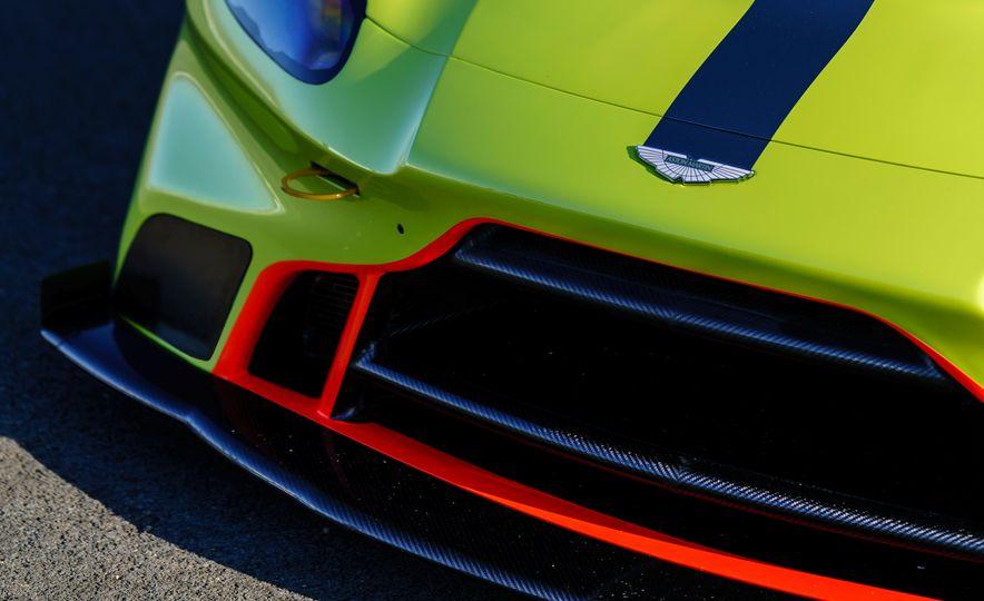 Aston Martin Vantage GTE race car - Slide 14