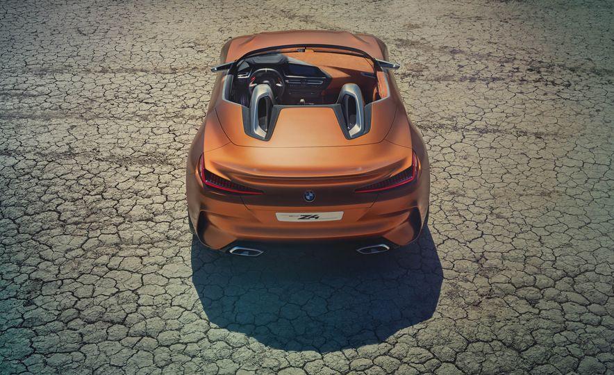 BMW Concept Z4 - Slide 18