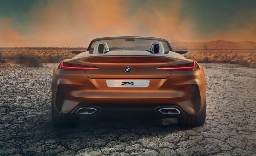 BMW Concept Z4 - Slide 19