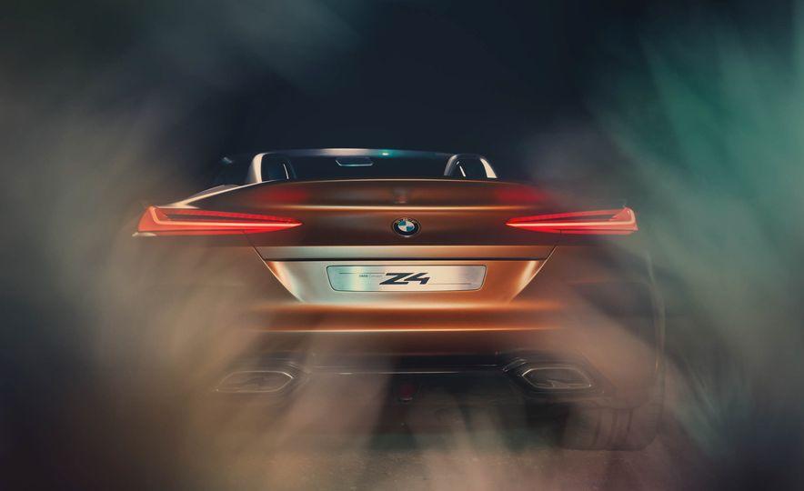 BMW Concept Z4 - Slide 20