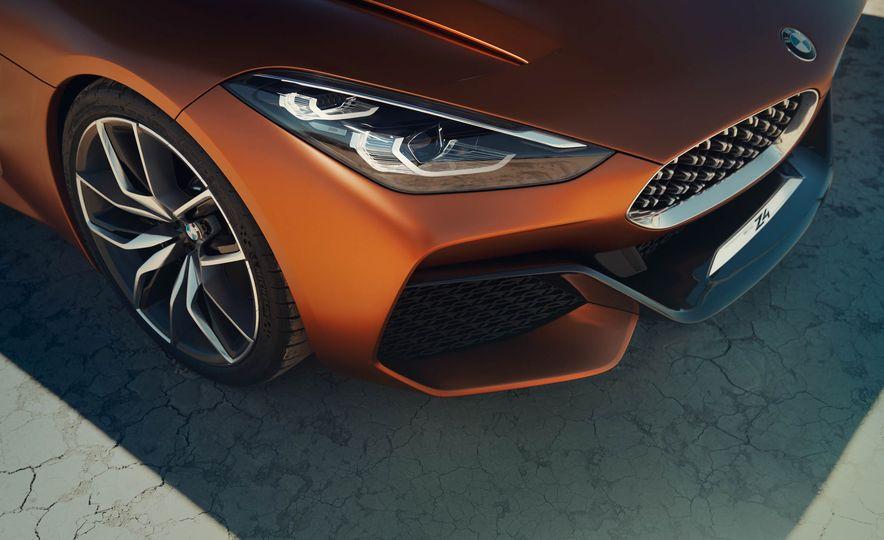 BMW Concept Z4 - Slide 22