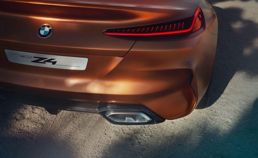 BMW Concept Z4 - Slide 23