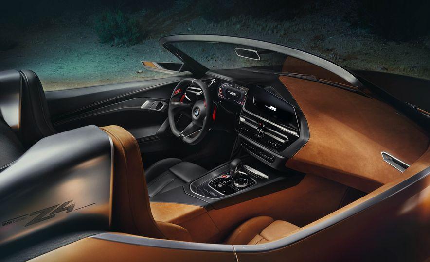BMW Concept Z4 - Slide 24