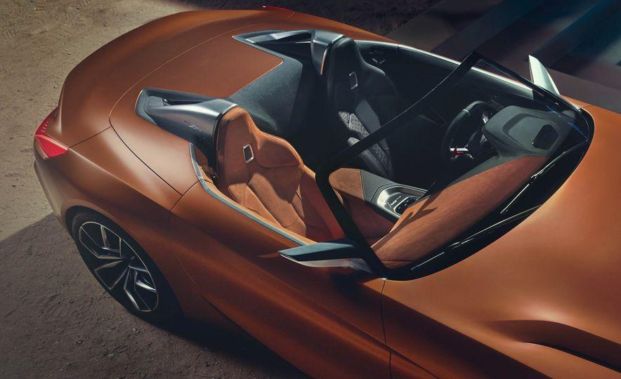 BMW Concept Z4 - Slide 27