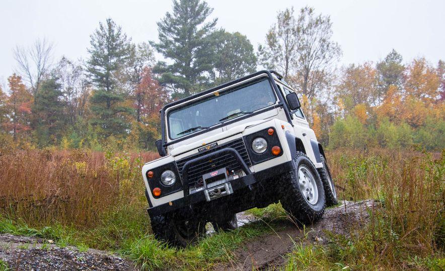 Land Rover Defender Experience - Slide 4