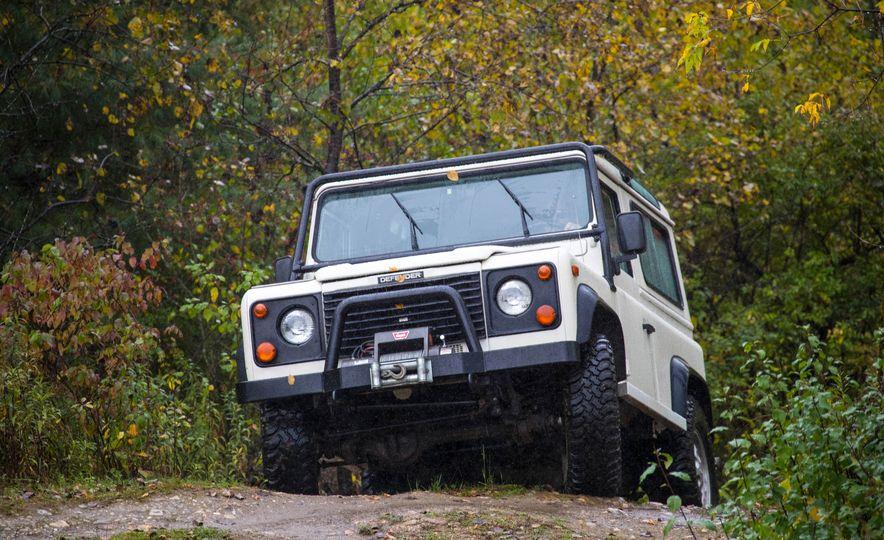 Land Rover Defender Experience - Slide 6