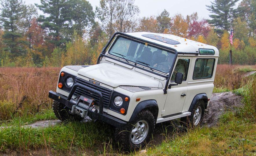 Land Rover Defender Experience - Slide 10