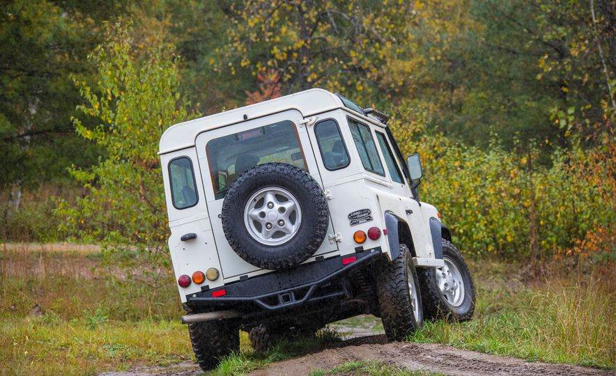 Land Rover Defender Experience - Slide 14
