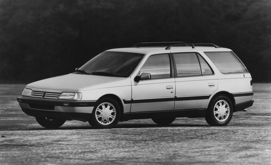 Wayback Machines: Station Wagons That You Forgot Ever Existed - Slide 30