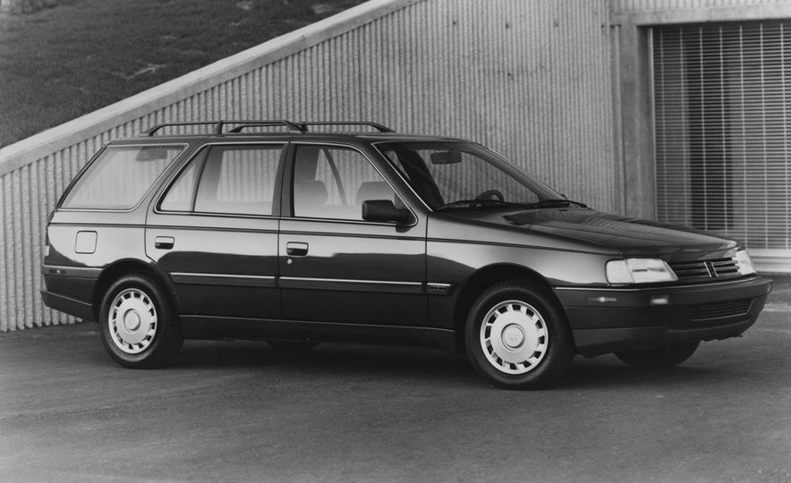Wayback Machines: Station Wagons That You Forgot Ever Existed - Slide 29