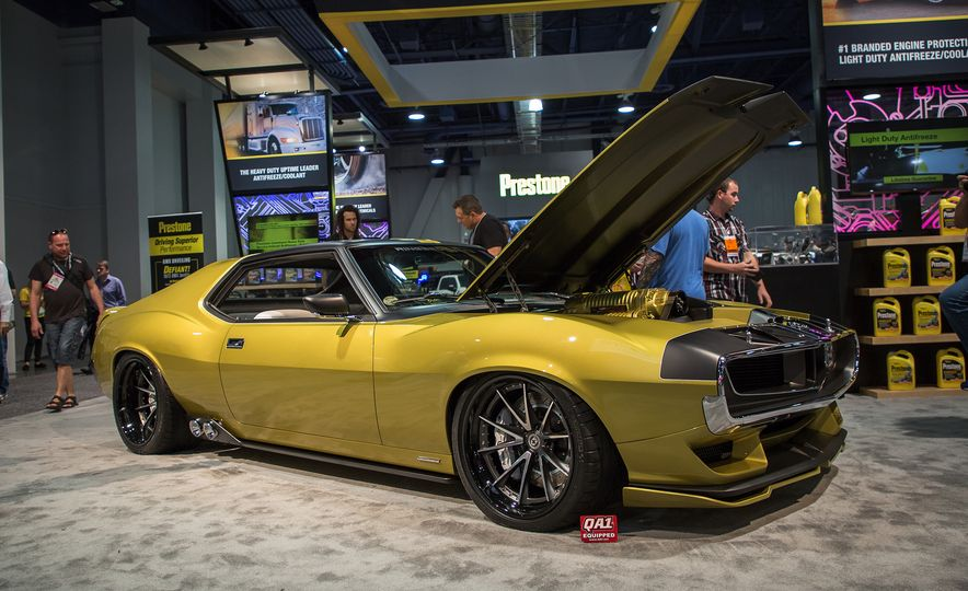10 Highlights from the 2017 SEMA Show in Las Vegas - Slide 9
