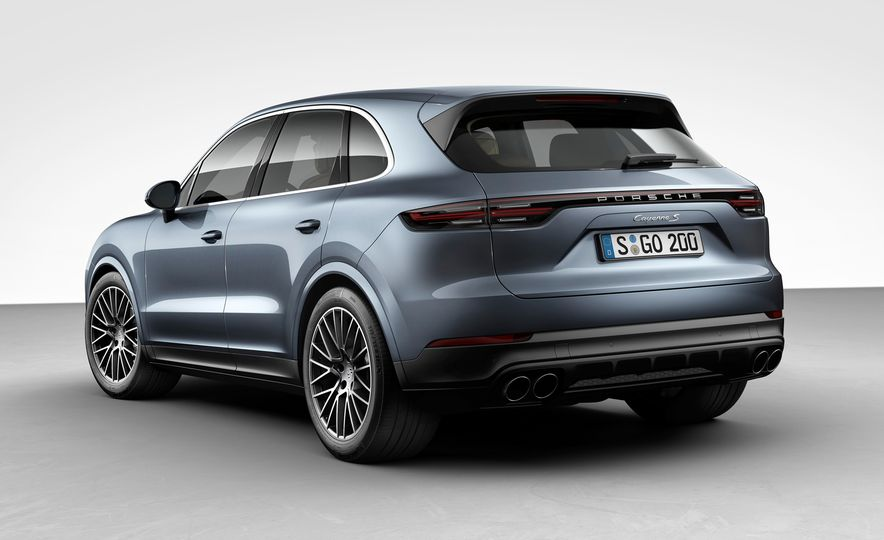 The 10 Coolest New Features on the 2019 Porsche Cayenne - Slide 6