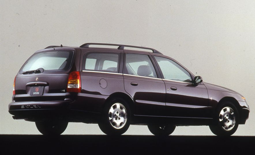Wayback Machines: Station Wagons That You Forgot Ever Existed - Slide 35