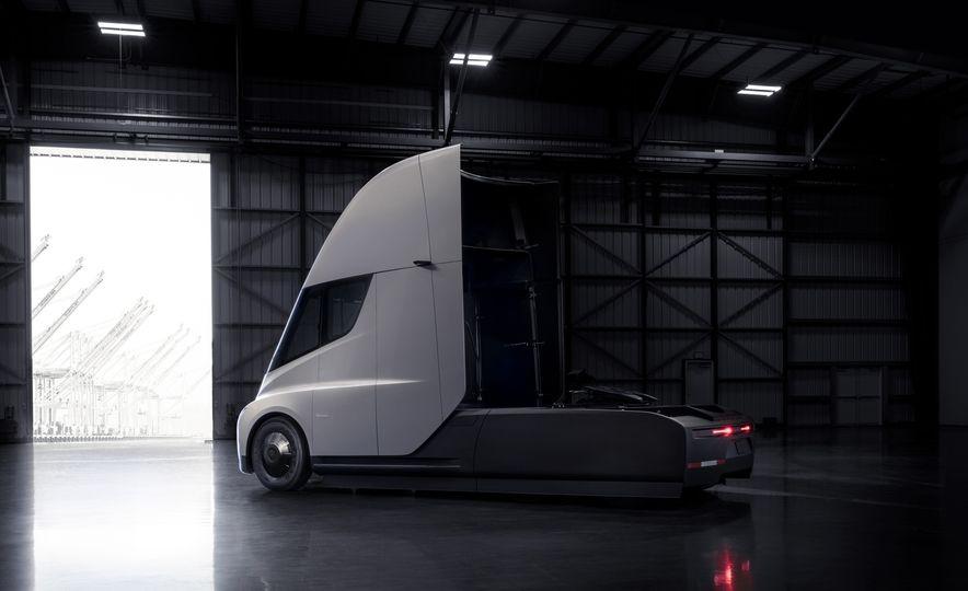 Tesla Semi - Slide 9