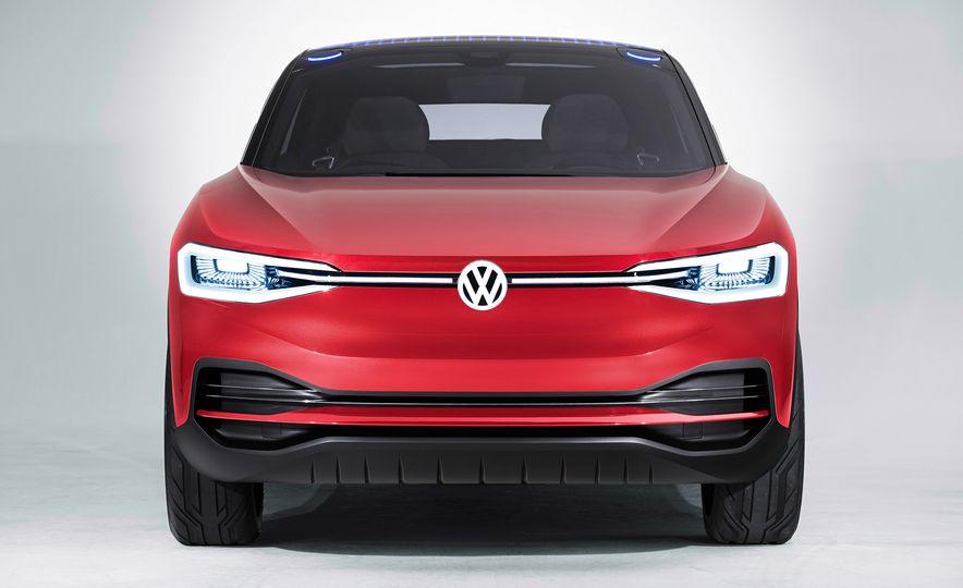 Volkswagen I.D. Crozz concept - Slide 7