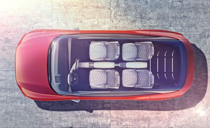 Volkswagen I.D. Crozz concept - Slide 11