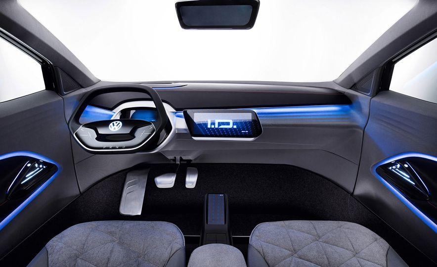 Volkswagen I.D. Crozz concept - Slide 14