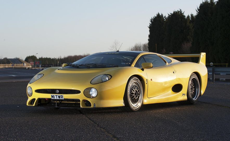 Flawed but Awesome: Jaguar's XJ220 Supercar is 25 Years Old - Slide 13