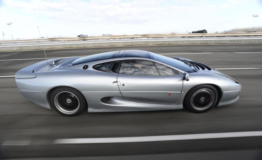 Flawed but Awesome: Jaguar's XJ220 Supercar is 25 Years Old - Slide 7