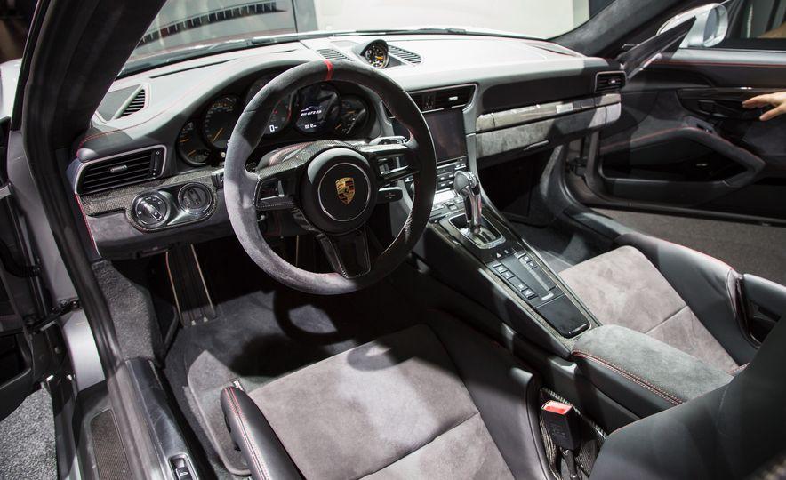 2018 Porsche 911 GT2 RS - Slide 107