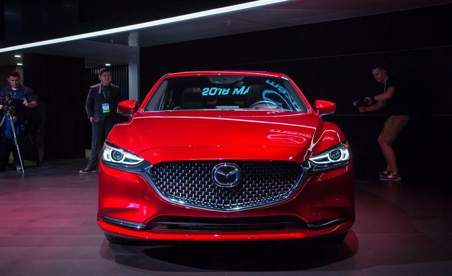 2018 Mazda 6 - Slide 21